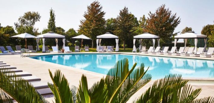 photo of the pool at Hotel San Clemente Palace Kimpinski, Venice